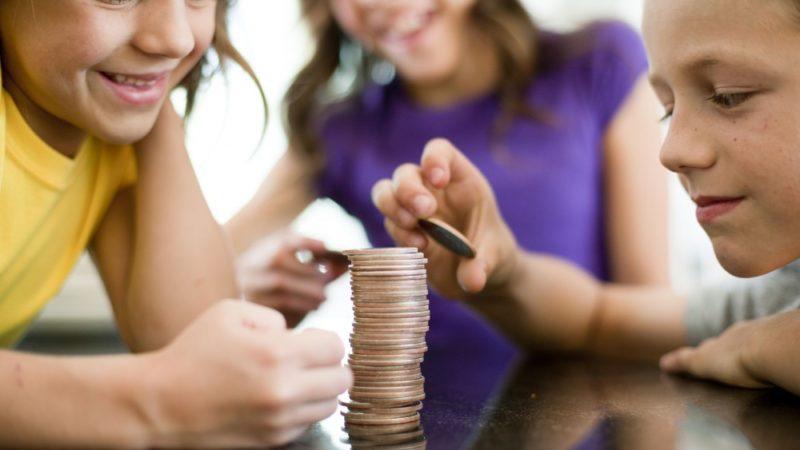 Сколько платят алименты на 2 детей?