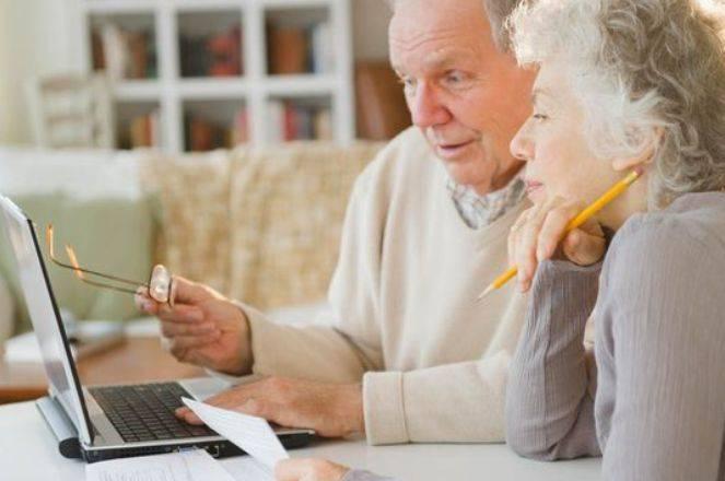 Возраст выхода на пенсию женщинам и мужчинам.
