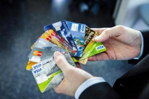 перевести с кредитной карты на дебетовую